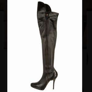 GUCCI THIGH HIGH LEATHER BOOTS SIZE 8